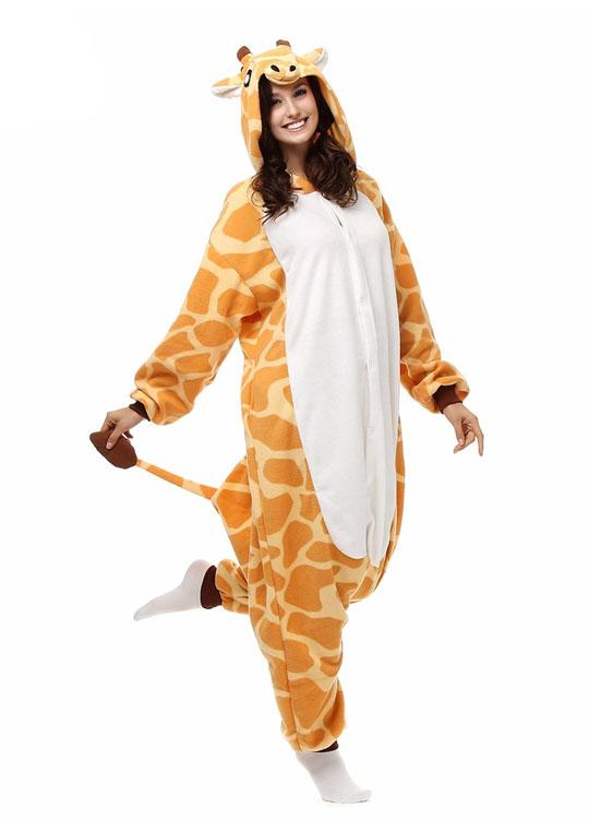 Pyjama Combinaison Girafe Vue De Face Avec Capuche 2