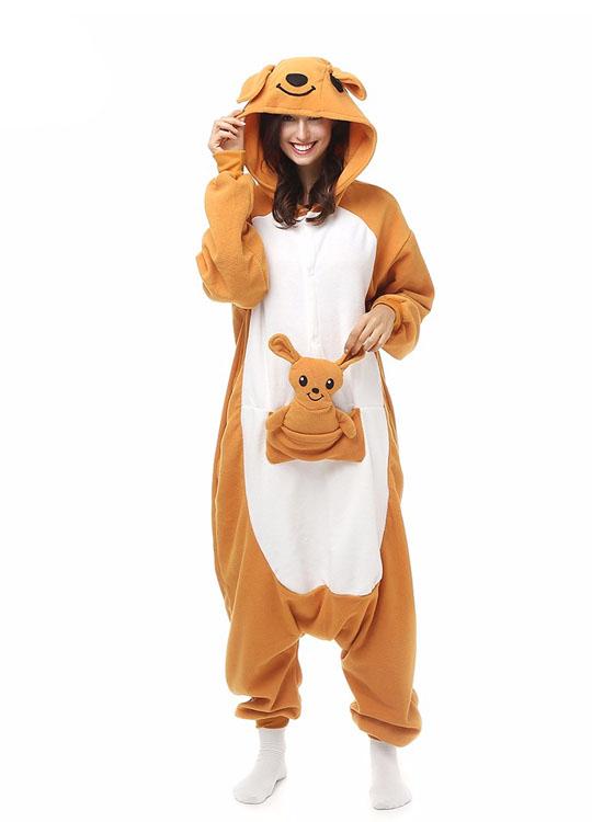 Pyjama Combinaison Kangourou Vue De Face Avec Capuche 2