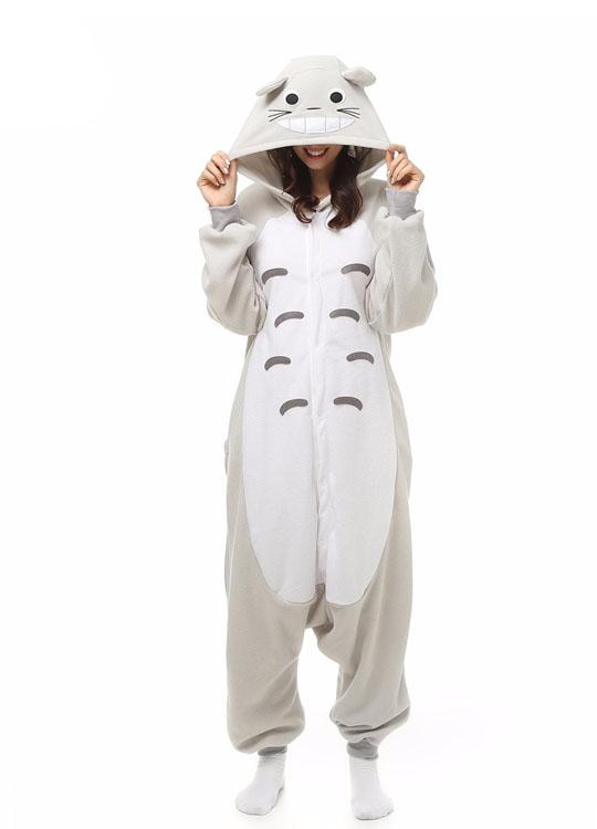 Pyjama Combinaison Totoro Vue De Face Avec Capuche 3