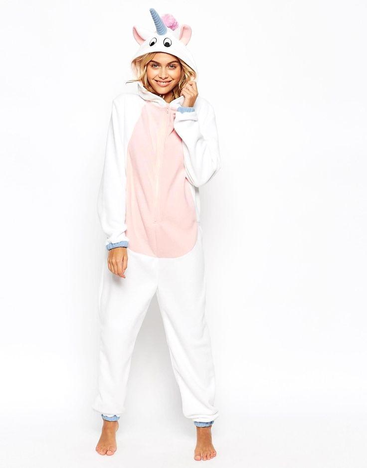young girl pyjama sexy